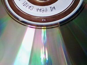 CDの裏面