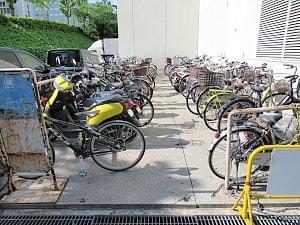 オトカリテの駐輪場