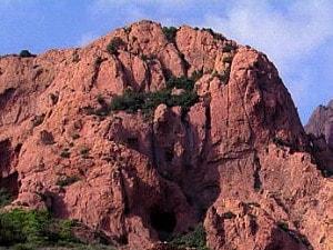 ボーキサイト鉱山