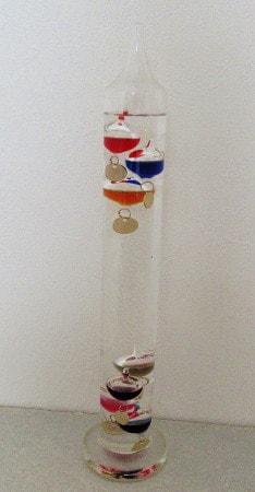 市販のガリレオ温度計