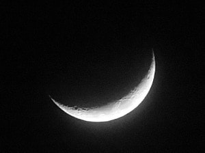 インスタントカメラで撮った月