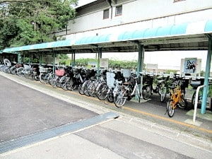 こぼれび通り駐輪場