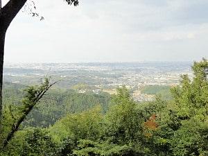 千早赤阪城址付近から見た大阪平野